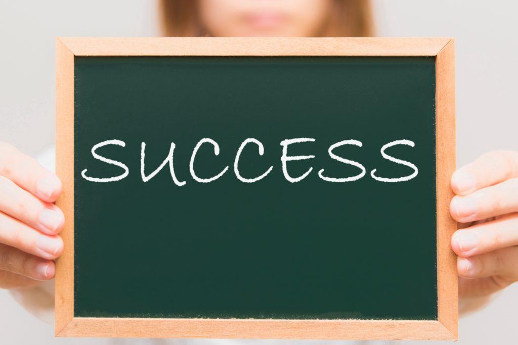 リテンションマーケティングを成功させる3つのポイント・効率的なデータ分析の方法_成功のポイント