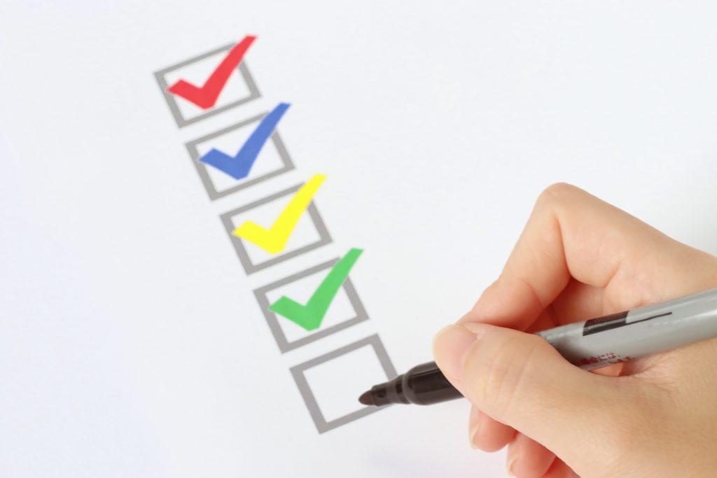 SaaSビジネスの最適なアンケートの取り方とは?おすすめのツールと注意点_プロセスと注意点