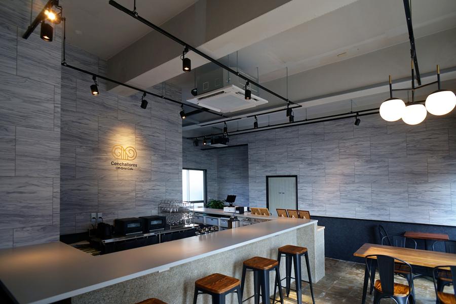 九州初・サブスク型カフェが生み出す「自分の未来を考える時間」と顧客体験_店内